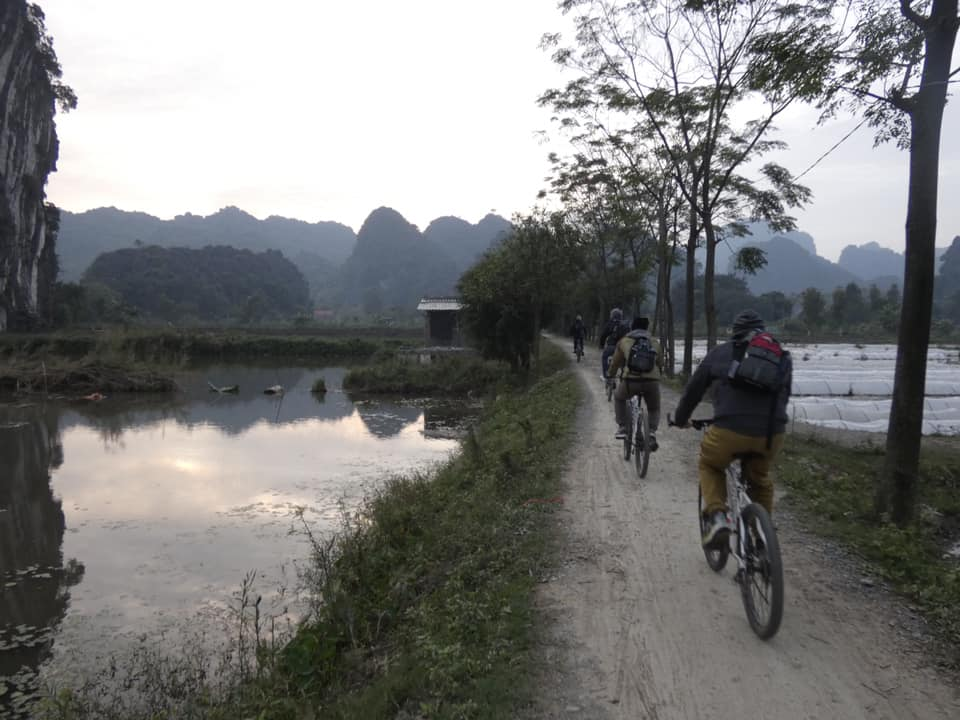 Giro in bicicletta Vietnam Viaggio Holiram.jpg