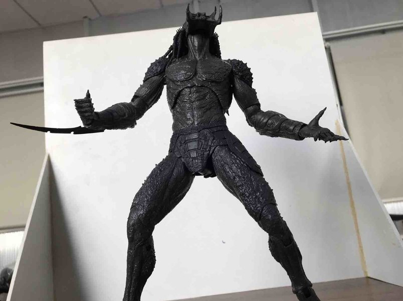 BTS-NECA-Assassin-Predator-01__scaled_600.jpg