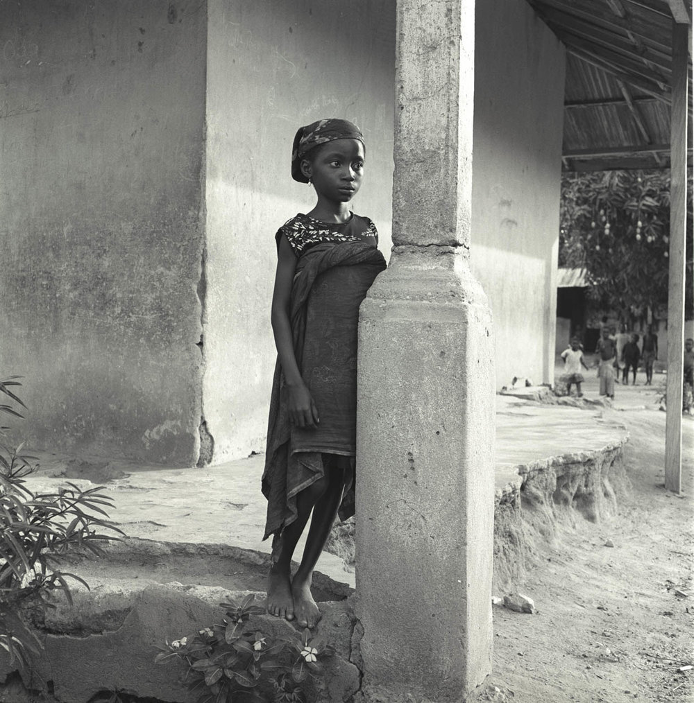 girl near pillar.jpg