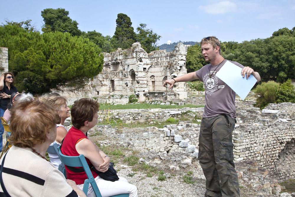 Archaeologie outside -1487.jpg