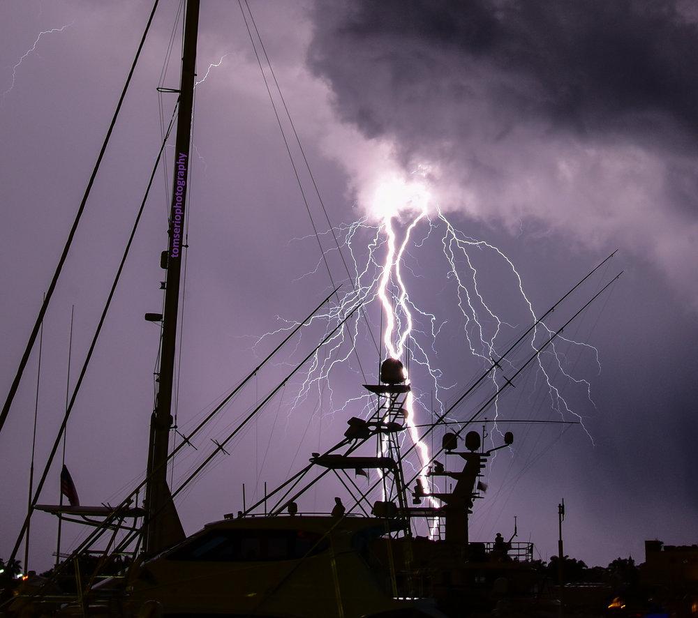 Lightning PH DSC_0511.jpg