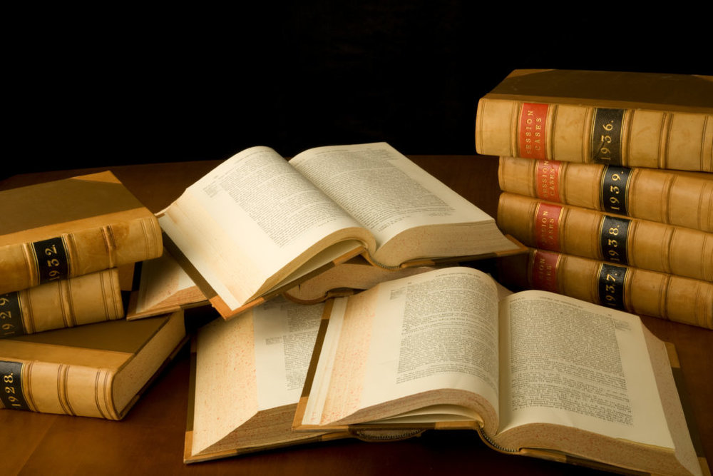 shutterstock_24533827-scattered-law-books-1024x683.jpg