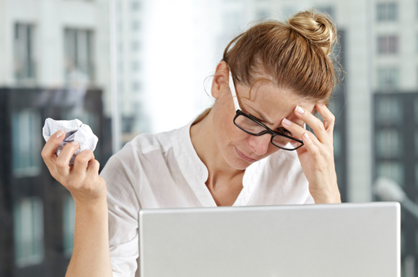 frustrated-woman-at-work.jpg