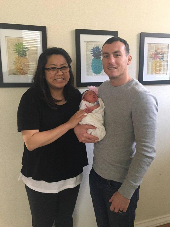 Lynette Leighton newborn family.jpg
