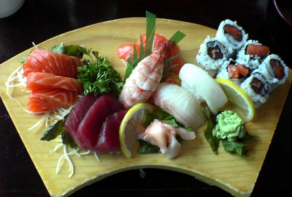 Raw & Smoked Seafoods