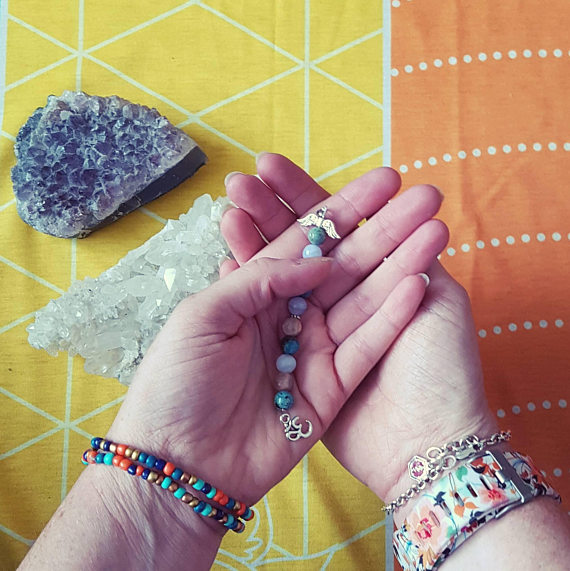 When choosing your Angel Palm Bead, use your intuition about what it is that you would like to achieve or relieve in your life.