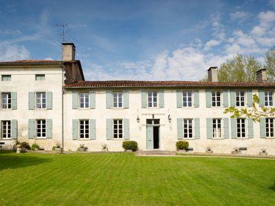 Our venue for L'atelier des écrivains: the fabulous La Sauzade in Aubeterre-sur-Dronne