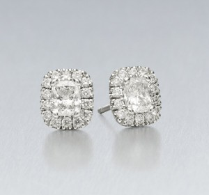 210330-Cushion-Diamond-Valentin-Stud-Earrings-20151104-900x840px-01-300x280.jpg