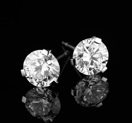 BUNDA_DIAMOND_EARRING_STUD_210177_PLT_2_2.00_F_SI11.jpg