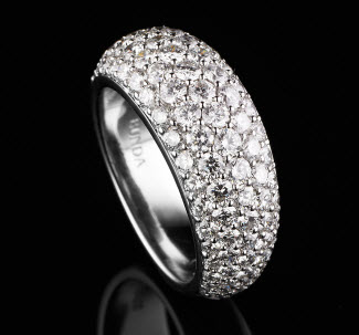 BUNDA 'bomb' ring in 18ct white gold pave set with 2.90ct of round brilliant cut diamonds