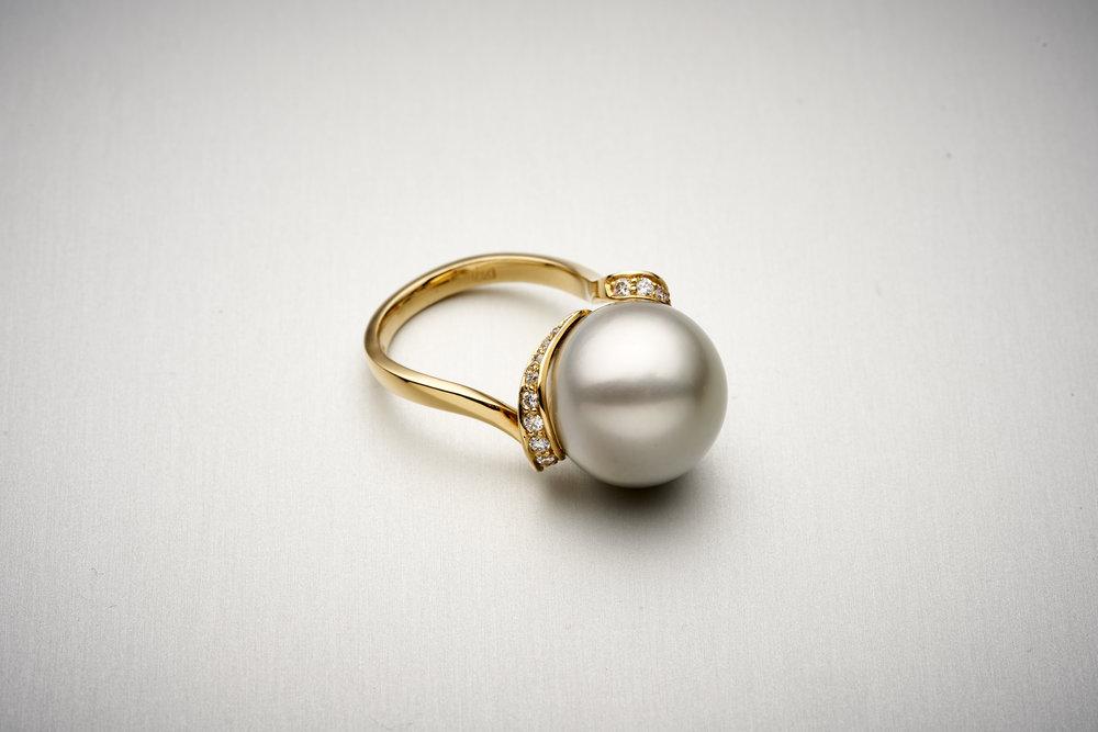 BUNDA Lyra Tahitian Pearl Ring