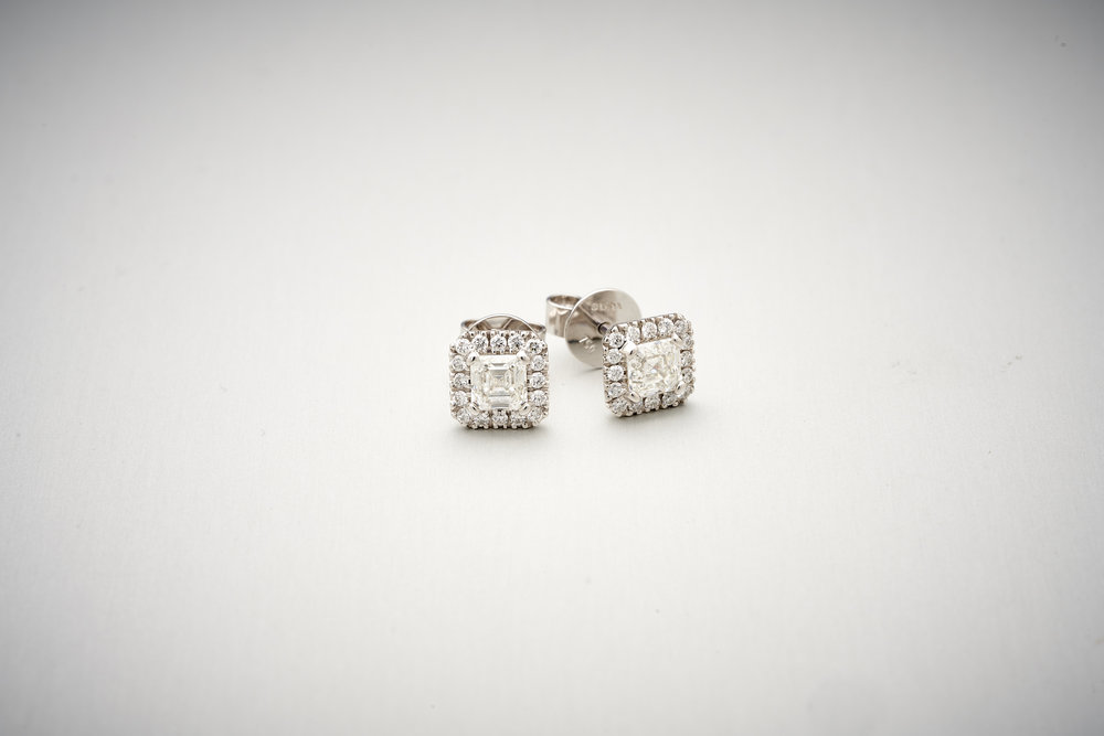 BUNDA Valentin Diamond Earrings With Asscher cut diamonds