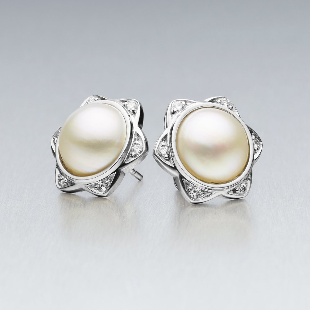 5.	'BUNDA Star' Mabe South Sea Pearl and Diamond Stud Earrings