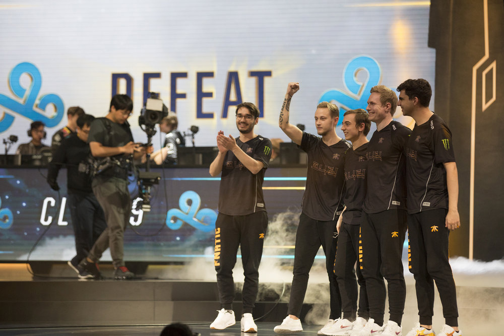 Fnatic celebrating 3-0 win over Cloud9 at semifinals of the League Of Legends Worlds Championship on October 28, 2018 at the Gwangju Women's University Universiade Gymnasium in Gwangju, South Korea.  Photo by Timo Verdeil / ESPAT Media