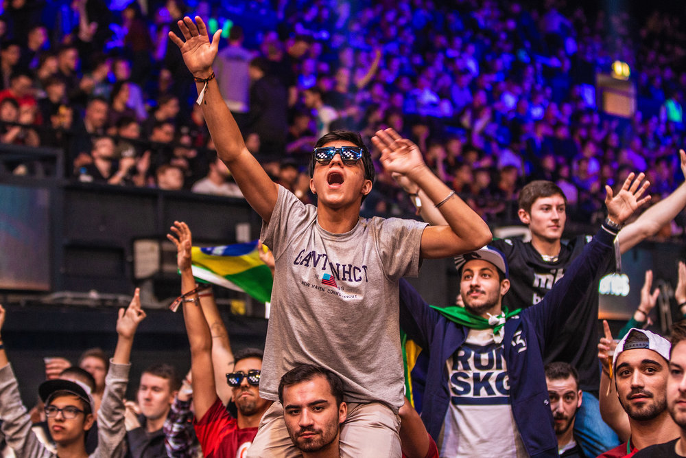 The crowd at The SSE Arena, Wembley are certainly enjoying the CS action at the FaceIt Major at The SSE Arena, Wembley on September 22, 2018 in London, England.  Photo by Kieran Gibbs / ESPAT Media