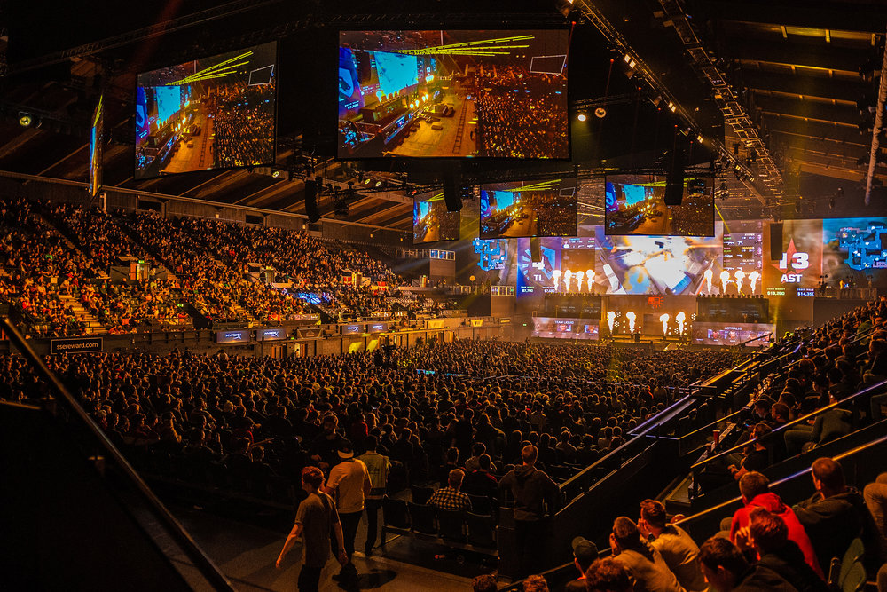 Fans are enjoying the games at FaceIt Major at The SSE Arena, Wembley on September 22, 2018 in London, England.  Photo by Kieran Gibbs / ESPAT Media