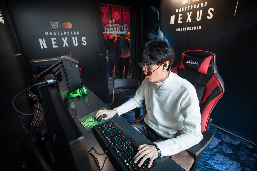 Twitch Streamer Junhee Lee aka bbyongbbyong86 streams live from Mastercard Nexus, 2018 League of Legends World Championship on November 1, 2018 in Incheon, South Korea.  Photo by Hannah Smith / ESPAT Media for Mastercard