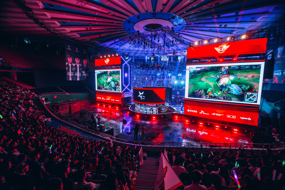 SEOUL, SOUTH KOREA - APRIL 13: Audience watching gameplay on stage while SK Telecom T1 wins 3-0 over Griffin at LCK Spring Finals at Jamsil Sports Center on April 13, 2019 in Seoul, Korea. Photo by Timo Verdeil/ESPAT Media