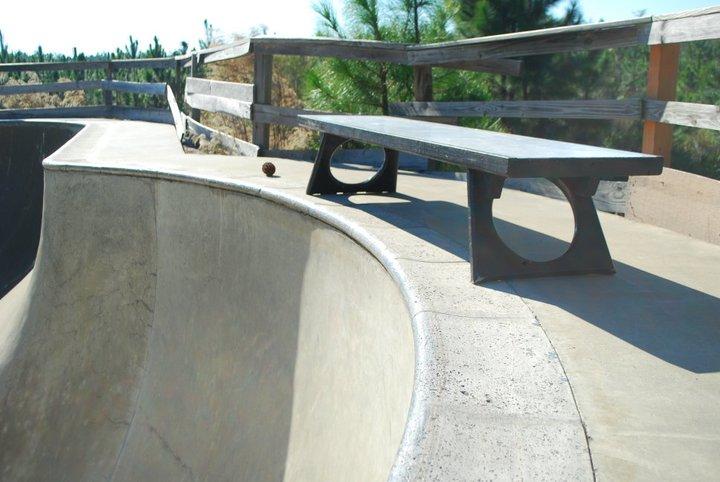 bench12.jpg