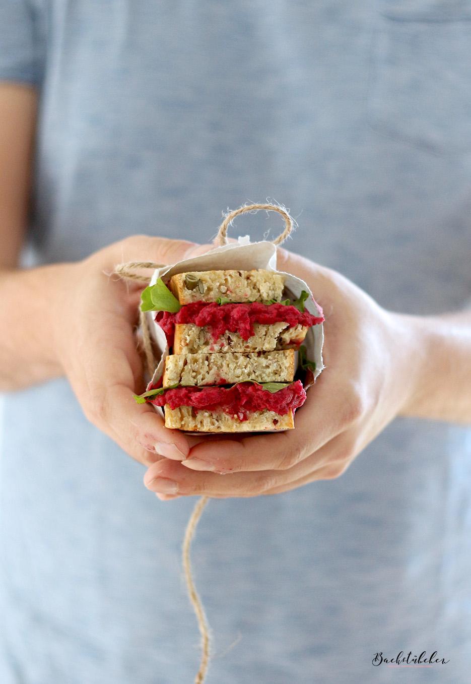 quinoa-brot-mit-rote-beete-hummus4