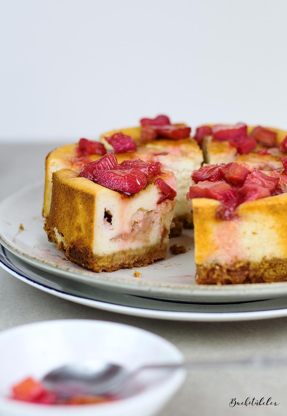 Rhabarber-Cheesecake2.jpg