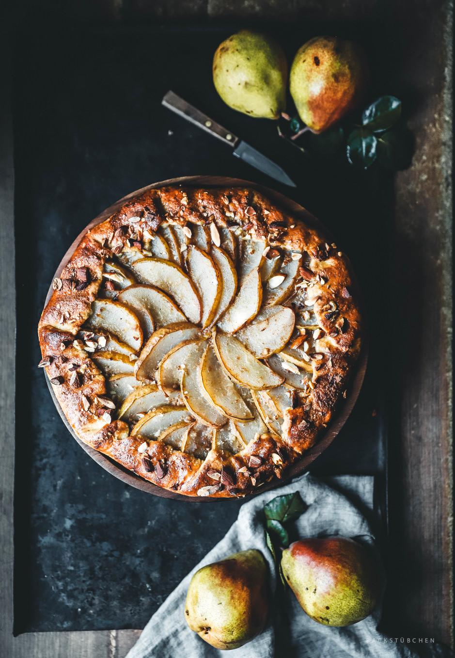 Die Galette mit Birnen und Mandelcreme ist eine nicht ganz so kalorienreiche Alternative zum klassischen Kuchen.