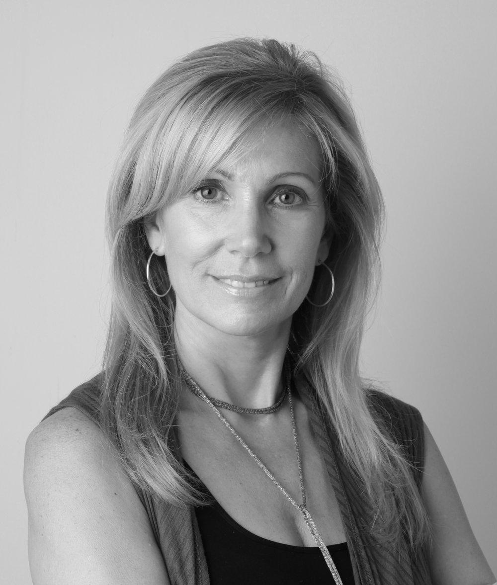 Lorraine Enwright