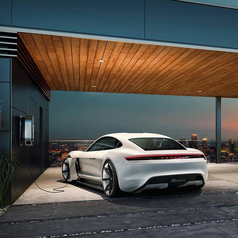 Porsche subscription model is shifting how consumers are considering ownership.