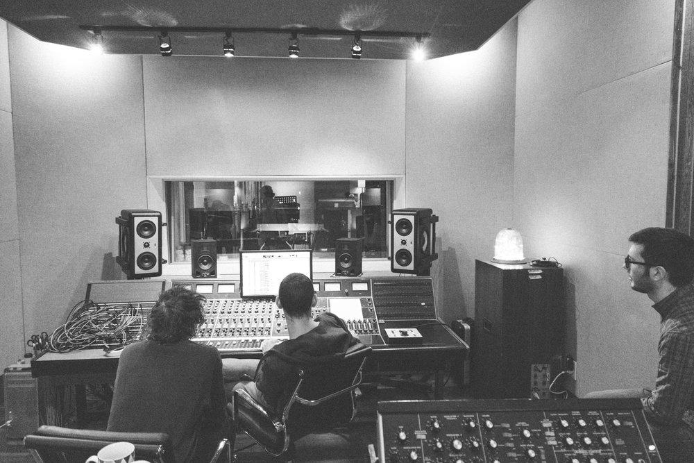 Frigs In Studio 27th_Feb_2017-40.jpg