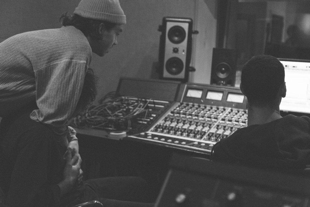 Frigs In Studio 27th_Feb_2017-44.jpg