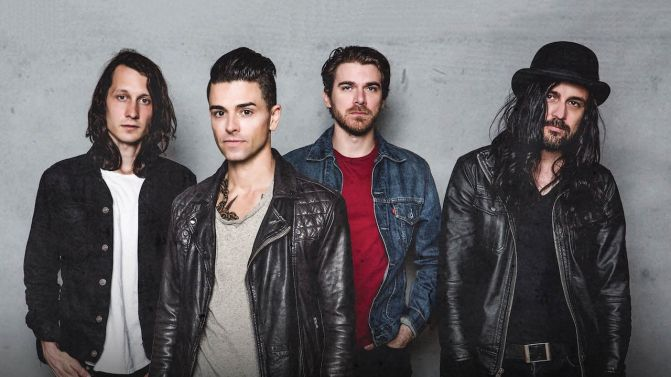 dashboard-confessional-2017-press-pic-supplied-671x377.jpg