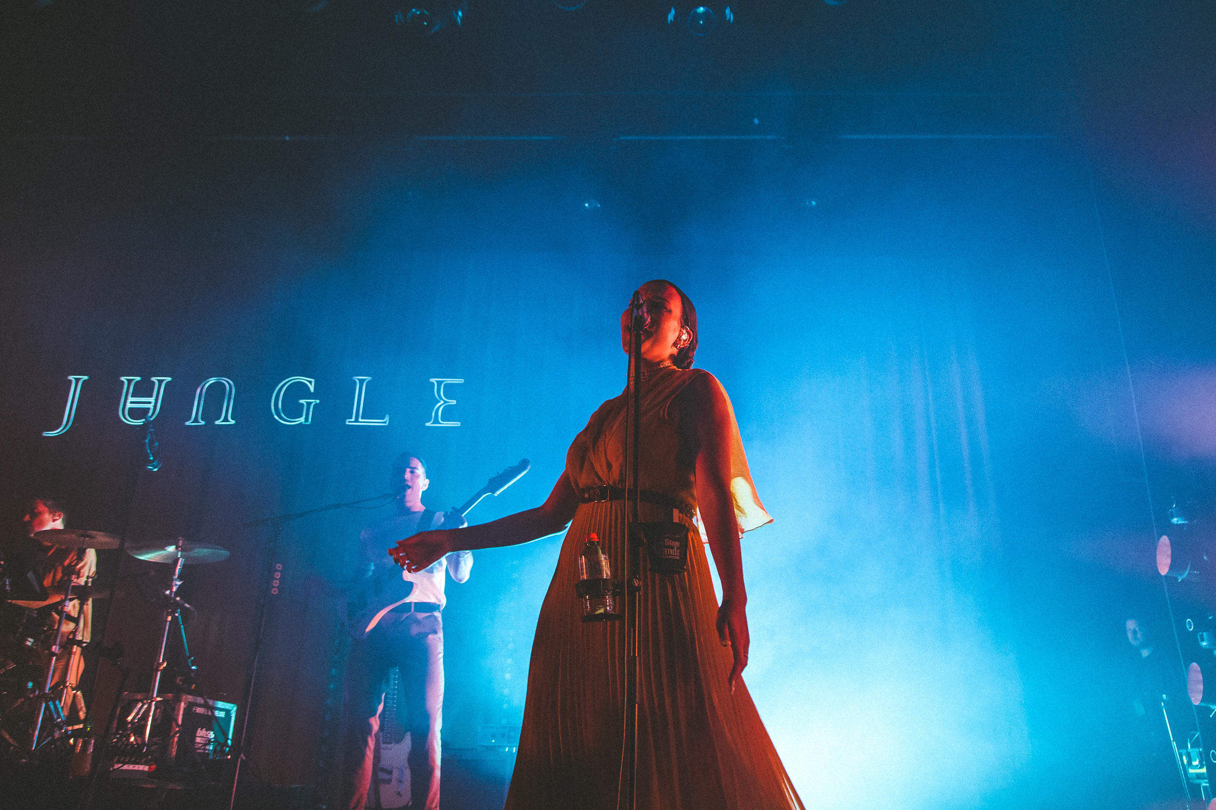 Amber Michaels Forum ditch this magazine - jungle + georgia @ forum 29-04-19