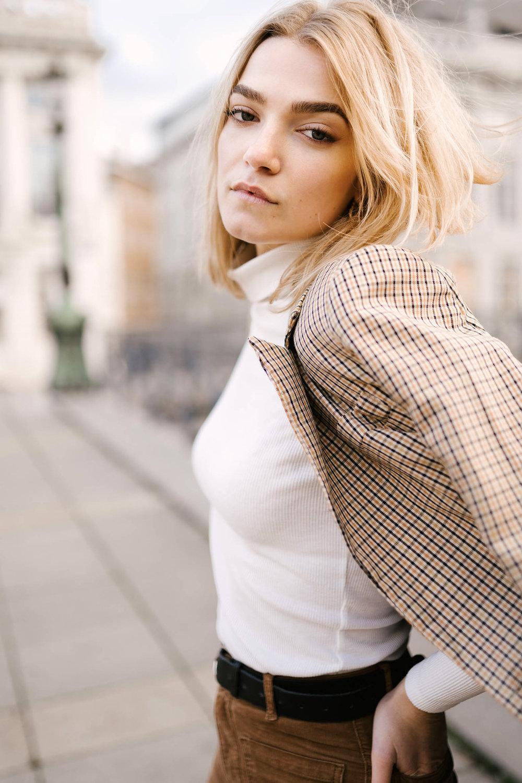 Roxane-portrait-photographe-leleu-bruxelles-filmaker-22.jpg