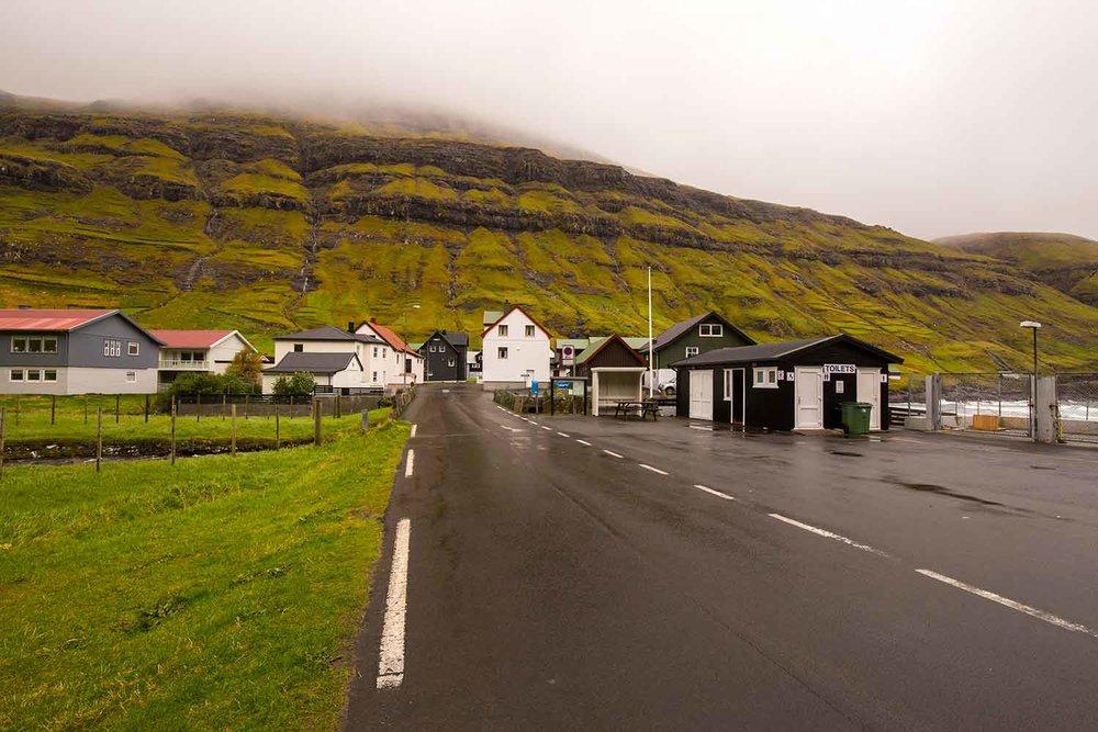 Tjørnuvík has wonderful heated restrooms as you enter town.