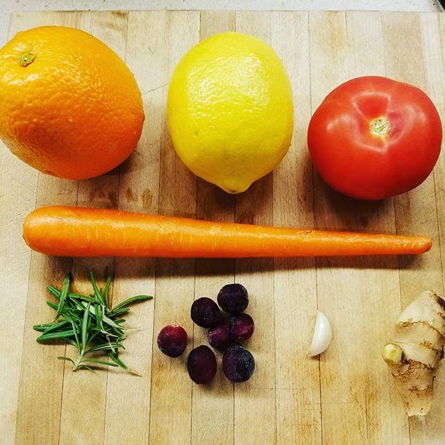 Juice detox #juicing #freshlysqueezed #energized #poweroffood