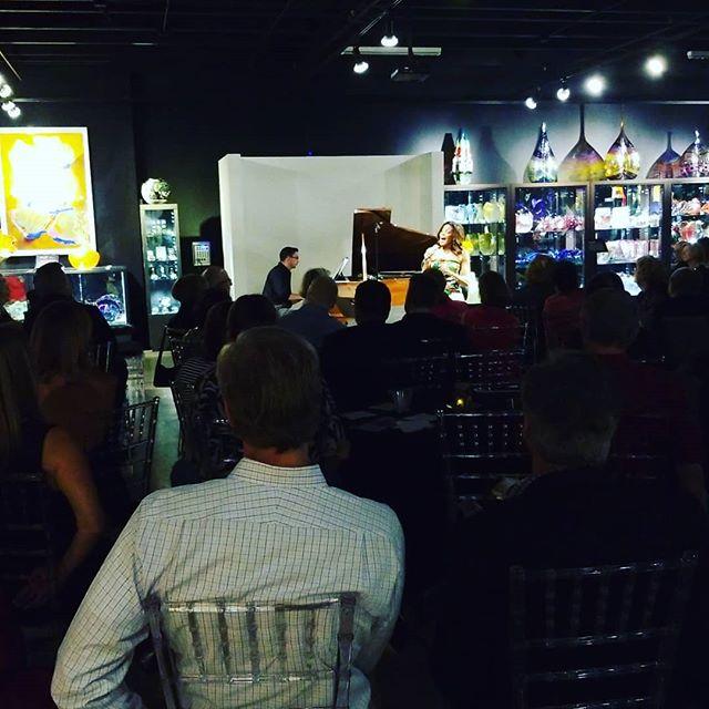 Enjoying some live #jazz @yaesoljishin #vascafe #VenetianMusicSociety #galleryofamazingthings