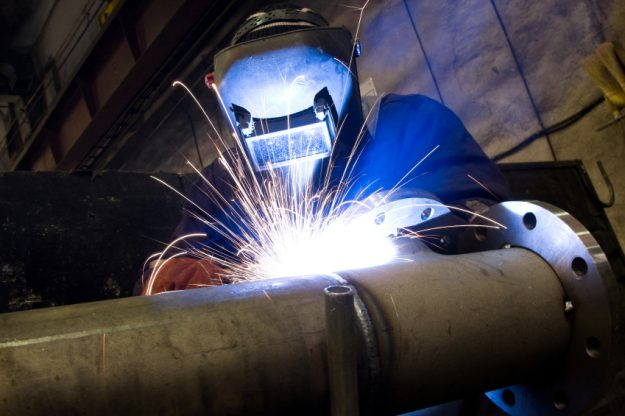 Pipe-Welding-Safety-Tips-625x416.jpg