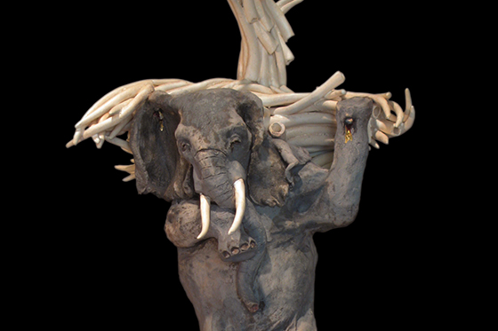 ID379314-Elephant-in-the-Livingroom-Thorly-James.jpg