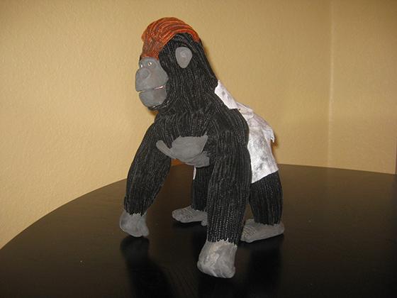 ID426377-Fabric-Gorilla-Alec-J-Piedra.jpg