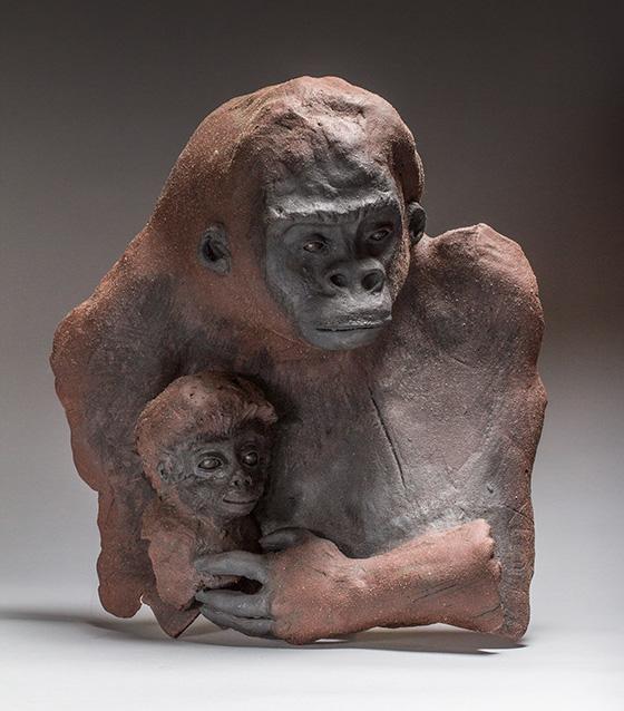 ID469697-Gorilla-with-baby-Cher-Townsend.jpg
