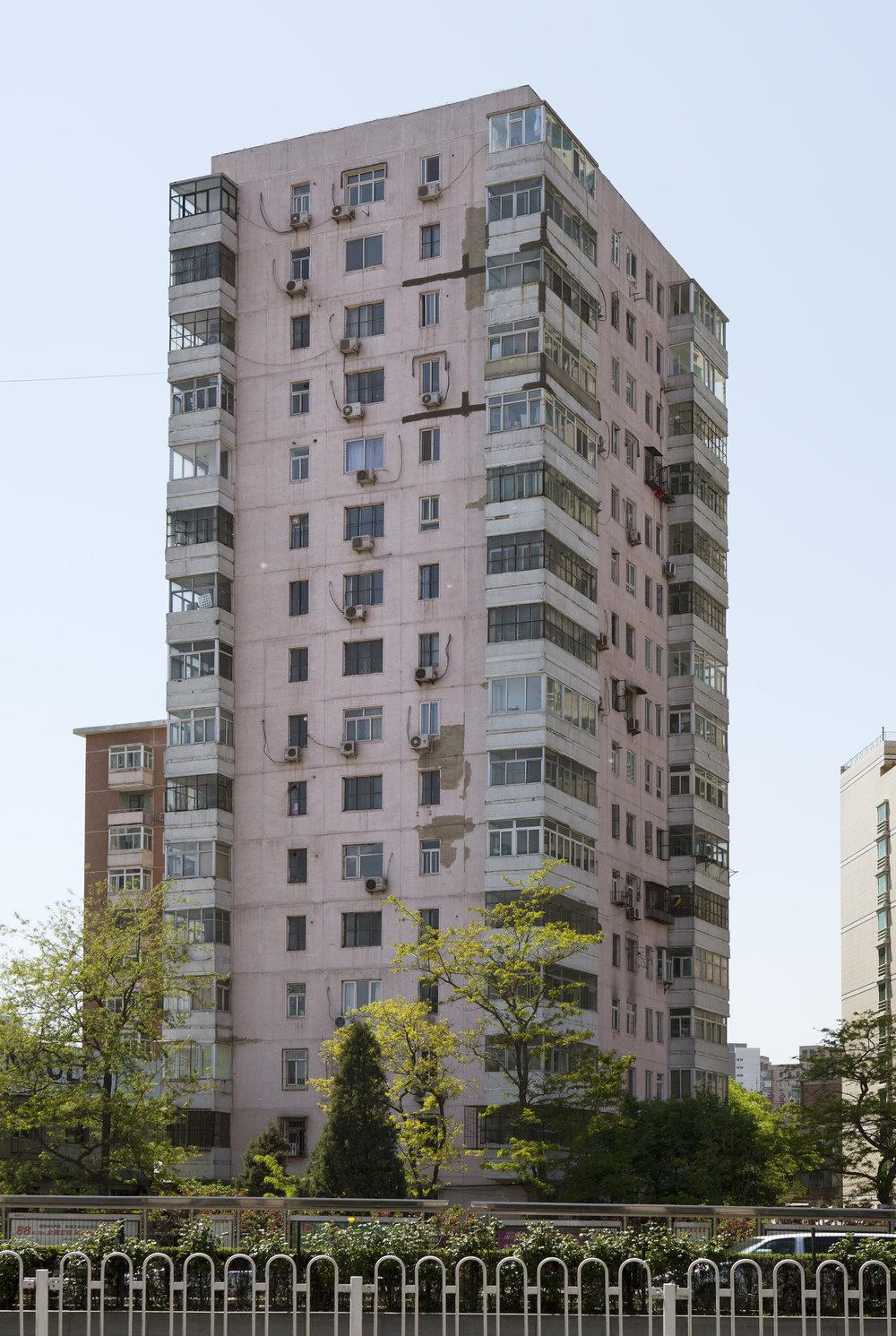 janot-building9-2011.jpg