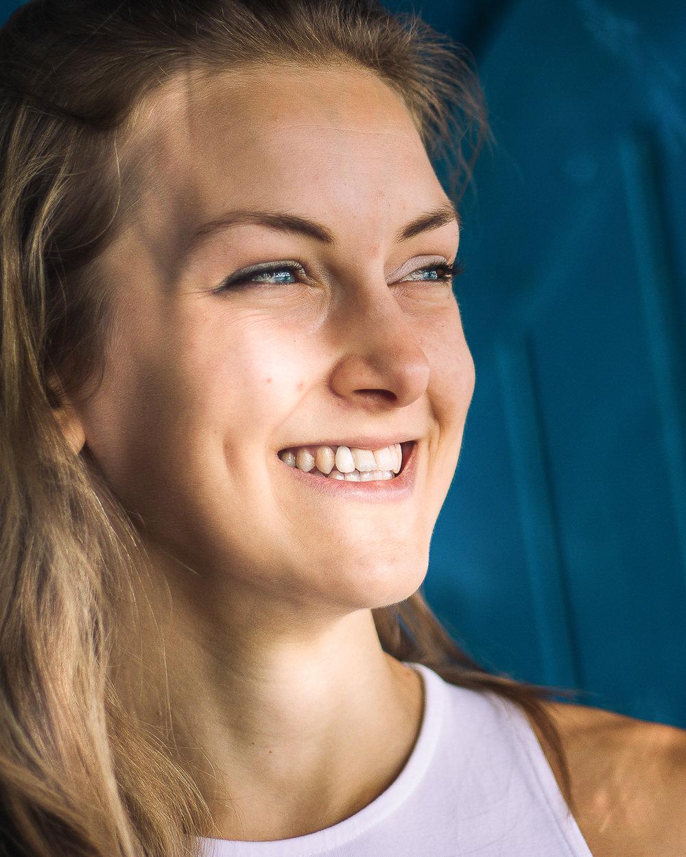 Earthly Biotics Cognitive Supplement Athlete Hebe Burton