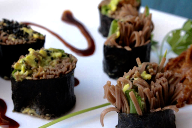 Rolled sushi with soba noodles.