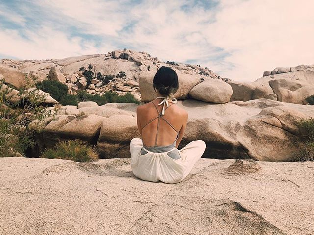 Sharing knowledge is one of my deep passions in this life and I'm honored to begin sharing the knowledge I've gained after years of working with the moon as a daily practice in my work and in my own self care.  Join me March 18-22 for a Full Moon & Spring Equinox Retreat in Joshua Tree, CA. There I will be sharing how you can incorporate both the lunar phases and elements of astrology into your self care & beauty routine. We will dive deep into our personal ideas of true beauty and learn how to manifest beauty with the moon. We will make our own take home rituals; incorporating the plants from the land. I will also be sharing reiki and offering full moon haircuts throughout the retreat. 🌝  The desert has always been a place of healing and self discovery for me so this retreat holds a very special place in my heart. 💓  @opal_elements has carefully crafted the retreat to include herbalism (both magical and practical applications), Ayurveda, lots of time for self care and self love rituals, community, a special Full Moon in Libra Spring Equinox Ceremony, and much more! Accommodations, all vegan meals, and materials to make lots of beautiful take home items are included in the cost. DM or visit @opal_elements for more information. ✨ 🙋🏻♀️ if you're manifesting some desert time for your self care this spring! 👽🌈🌵🌝