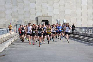 10k_runners_start.jpg