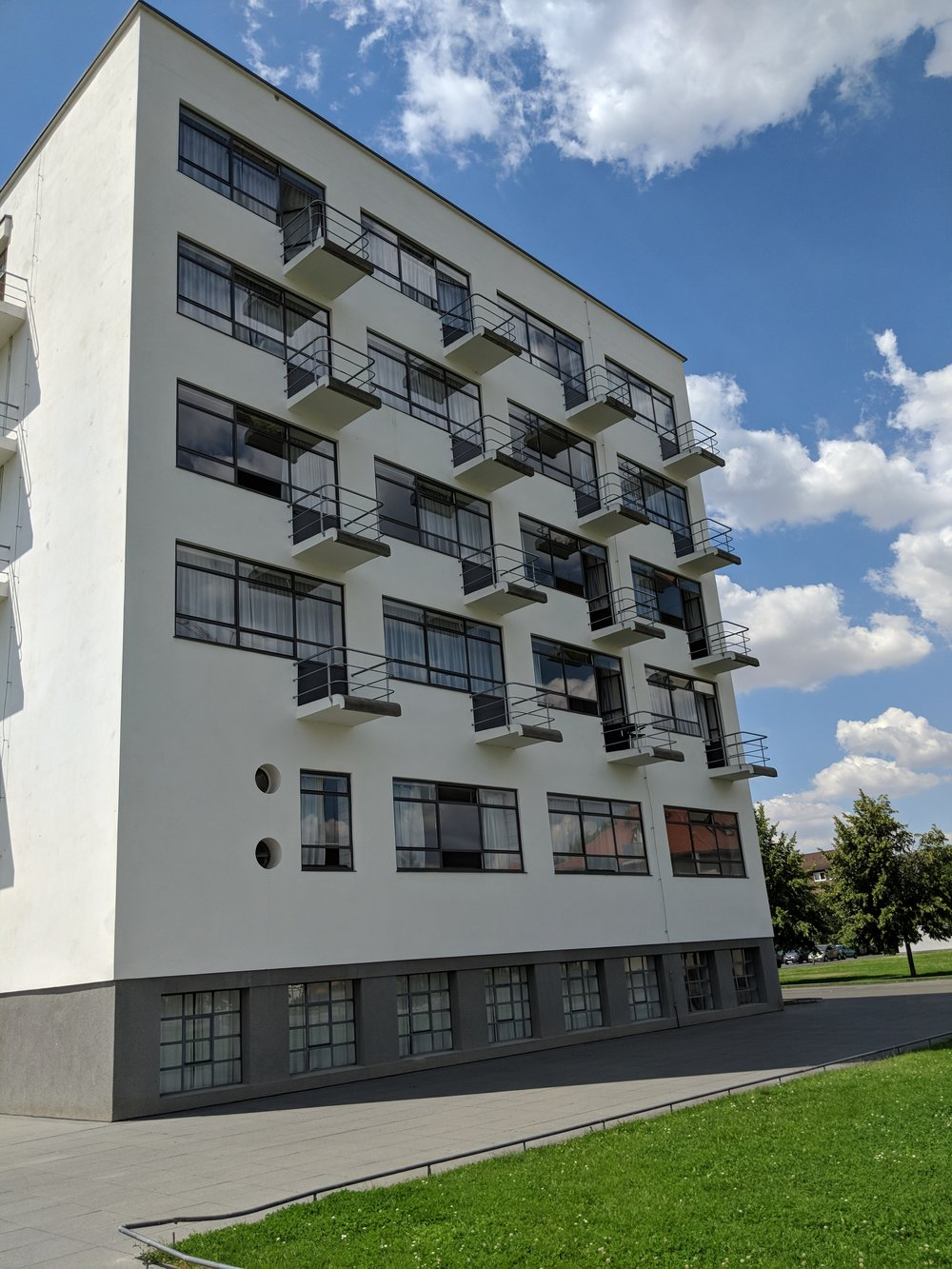 Student's living building