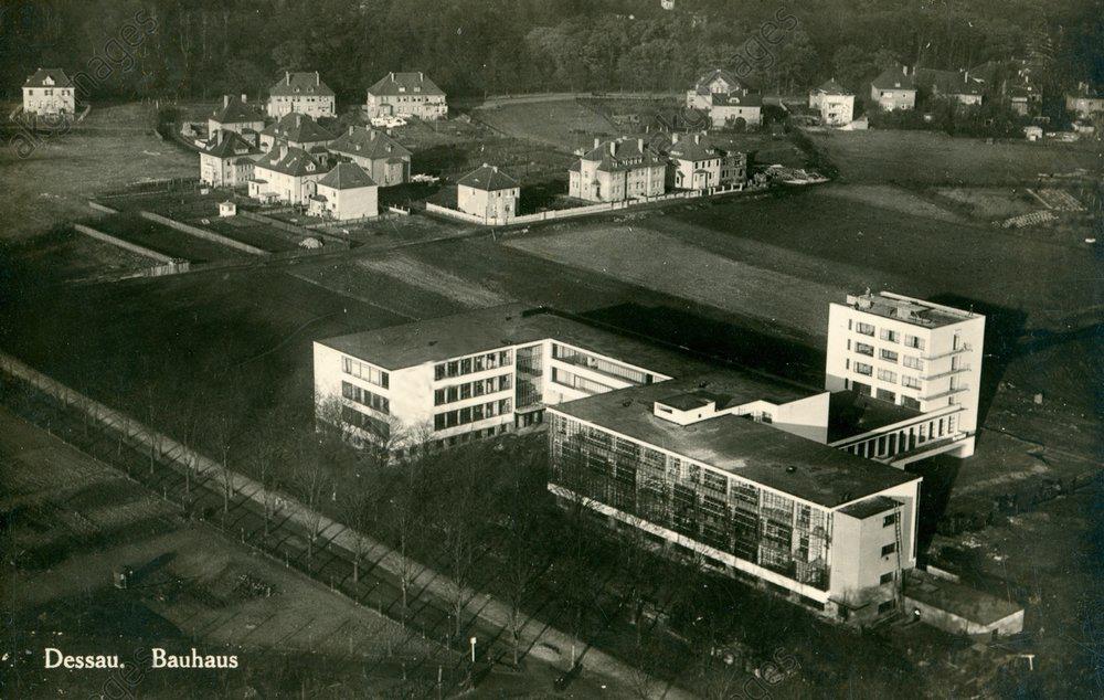 The bauhaus in 1927
