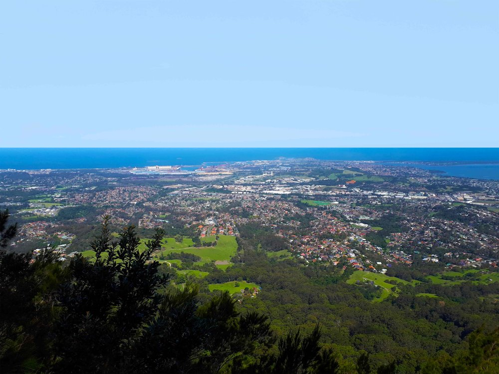 Kembla-summit.jpg