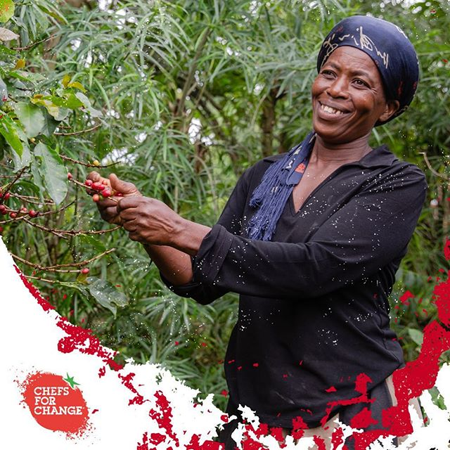 Most of the work and little of the profits, that's Ugandan women's experience in the coffee sector. That's why @FarmAfrica launched the #CoffeeIsLife appeal. Donations matched by the UK government til 8 May @DFID_UK #UKAidMatch
