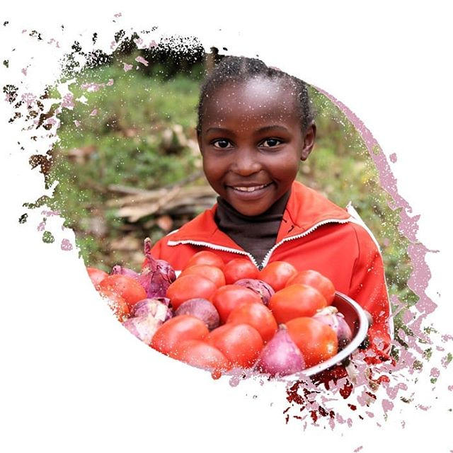 It's International School Meals Day. Children everywhere deserve healthy meals every day to give them the best start in life. Kids are never too young to learn about the importance of good nutrition and how to grow delicious fresh fruit and vegetables. #internationalschoolmealsday #sdg2 #zerohunger #nutrition #schoolmeals #vegetables #tomatoes #chefsforchange